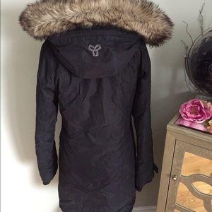 TNA Aritzia Parka Aspen Winter coat Jacket small